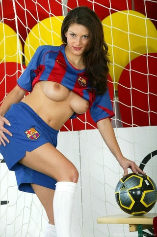 barcelona fan brunette knee-length
