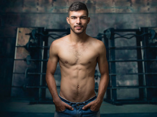 latin young gay ethanklum