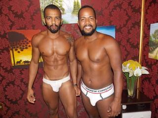 ebony gay blackbigdick21cm dancing