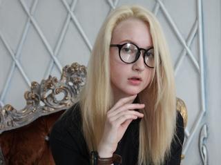 white teen blonde hair