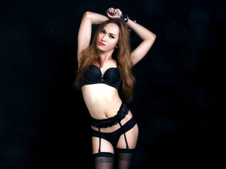 asian transgender sizzlingxxkara close
