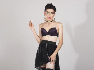 latin transgender xpalomaxx like