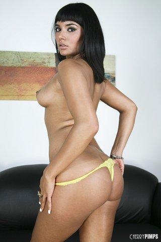 brunette vixen stunning ass