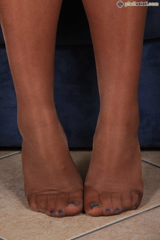 brunette, foot, pantyhose, soles