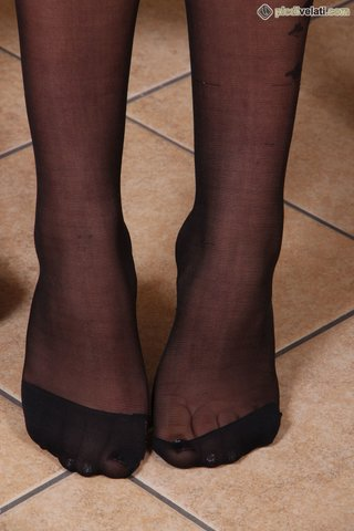 brunette, foot, pantyhose, soles