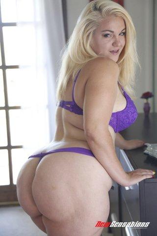 voluptious blonde angel purple