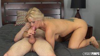 blonde babe big tits