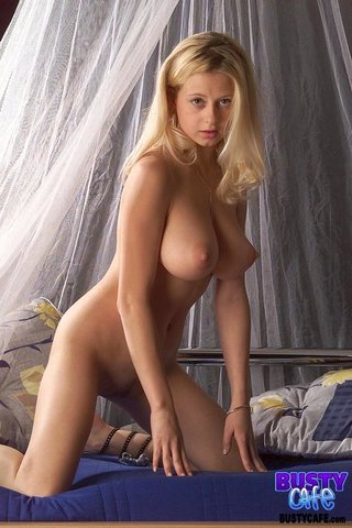 spread wide blonde Innocent
