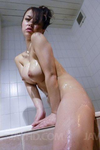 japanese bathtub big tits