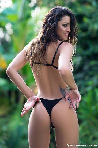 Latina bikini tgp