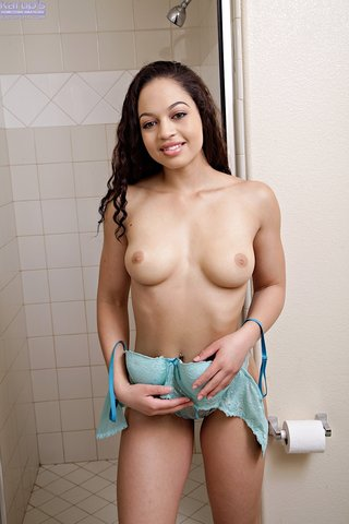 brunette amateur shower
