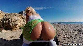 blonde beach blowjob