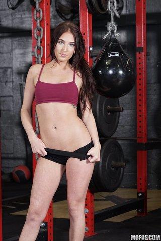 brunette gym