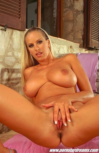 Big natural tits snapchat
