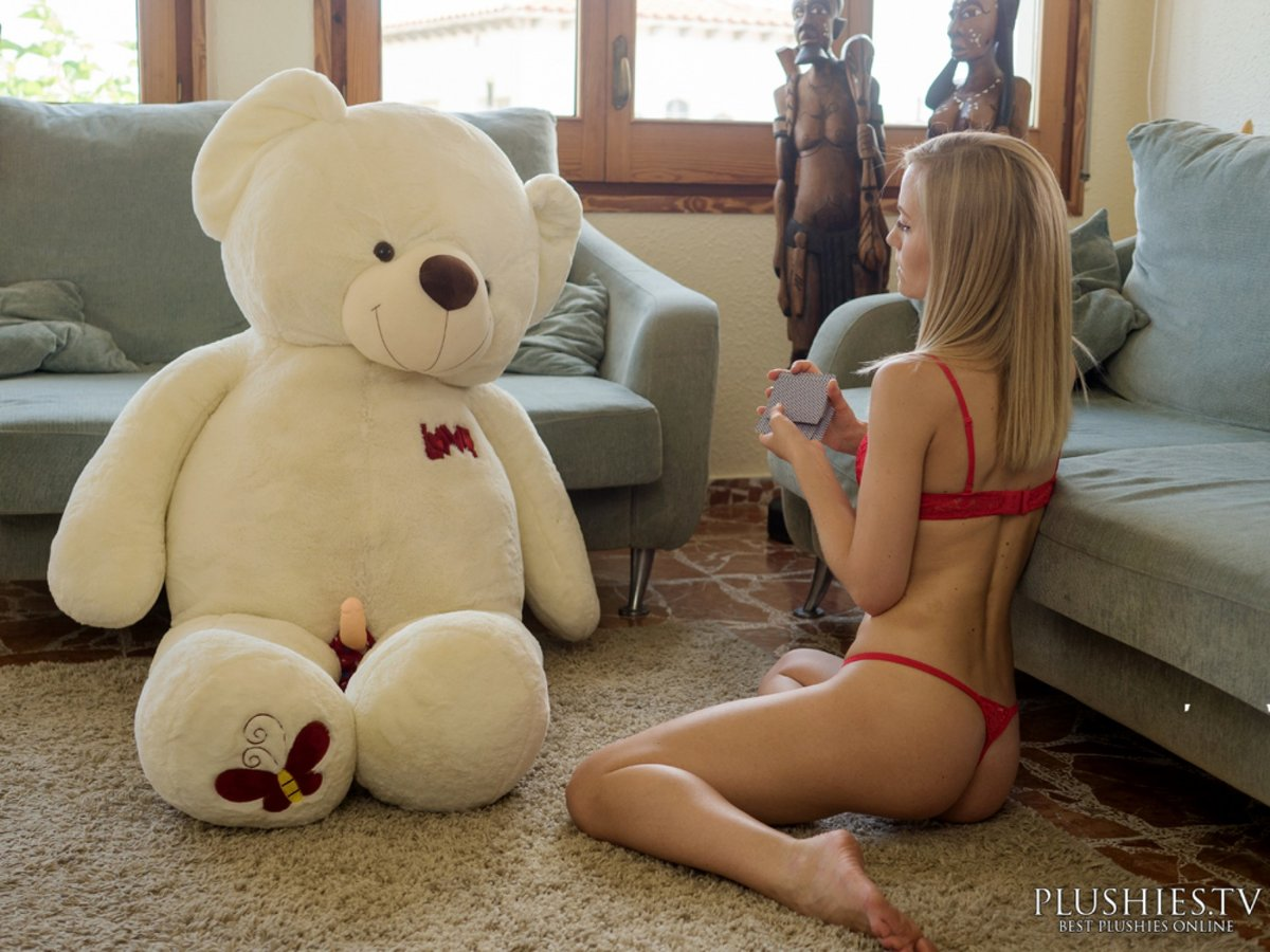 I Bet You Girls Only Want A Big Ass Teddy Bear So They Can Hump It