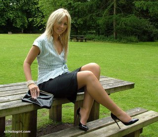 shiny heels blonde