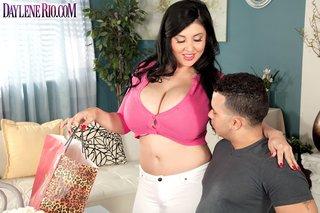 brunette big tit latina