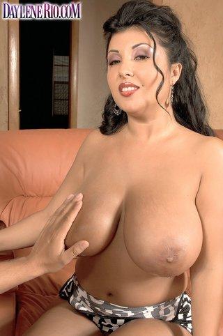 latina natural tits brunette