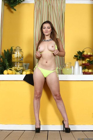 sexy fresh big tits