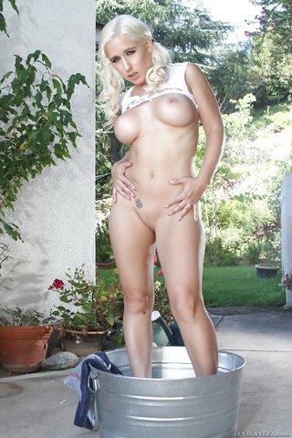 desnudándose porno