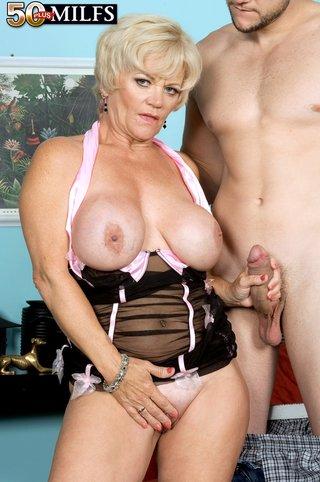 big tits cougar seduces
