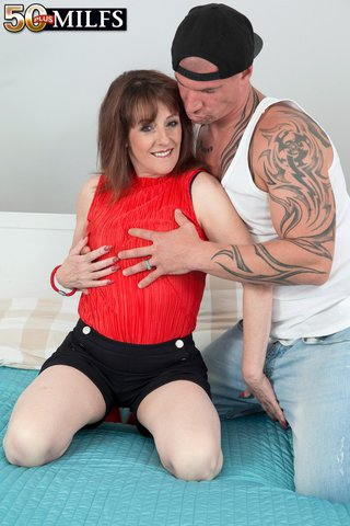 facial sex mom