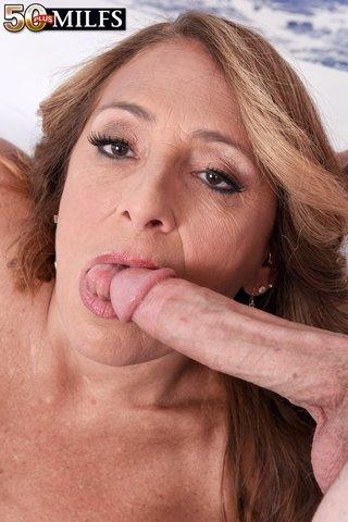 mature pussy cum