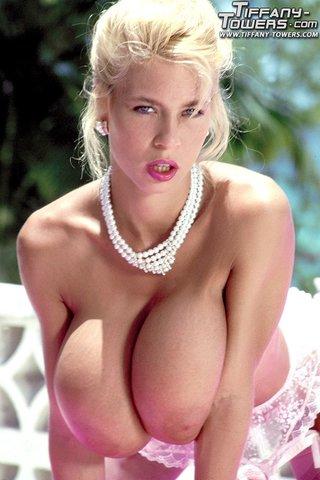 big boobs bra