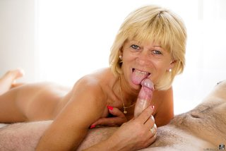 sextreme shaved granny