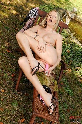 naked vibrator