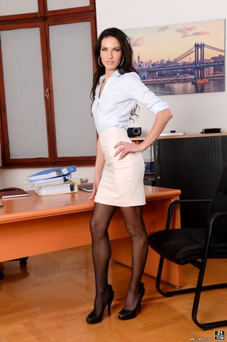 european horny secretary