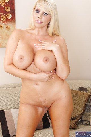 bbw blonde ass