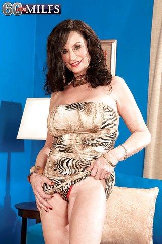 big boobs tight dress