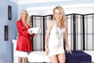 hot horny lesbian masseuse