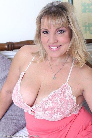 sexy big boobs ass