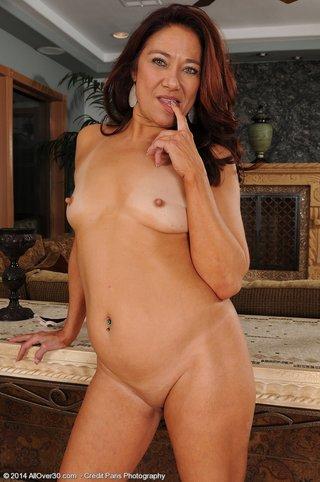 model mature lady