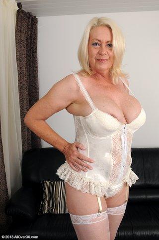 blonde mature stockings masturbation