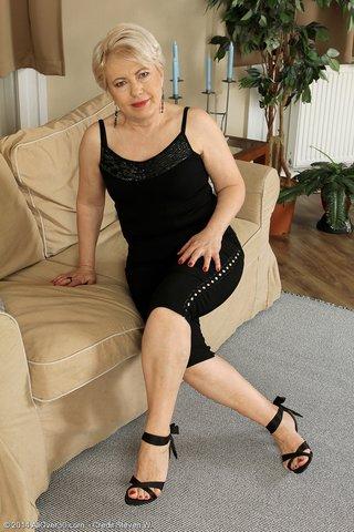 hot mature heels