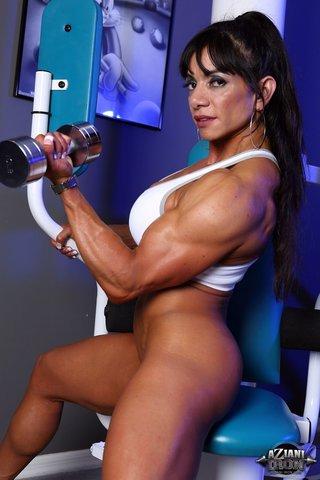 model nude gym