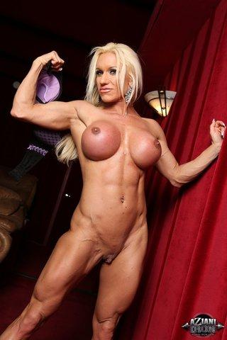 american blonde bodybuilder