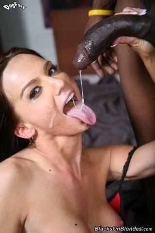 interracial tongue kissing
