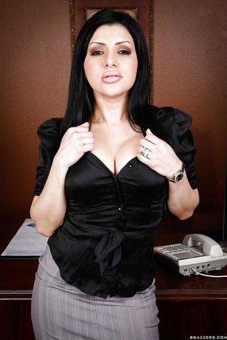 hot stripping latina