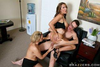 hot threesome big tits