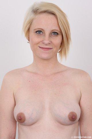 amateur pregnant lingerie
