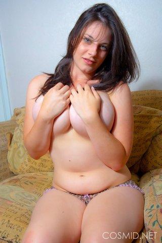 fatty brunette amateur