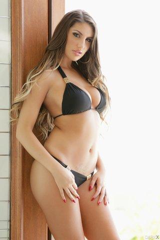 Hot girl tight clothes xxx