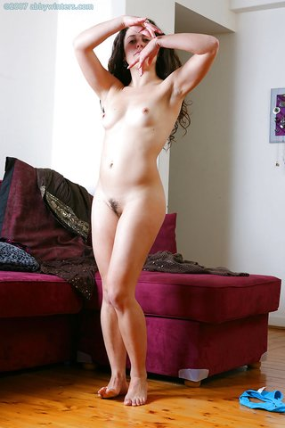 natural brunette hairy pussy