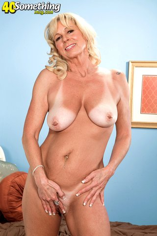 american blonde big tit