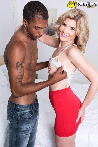 american interracial horny housewife