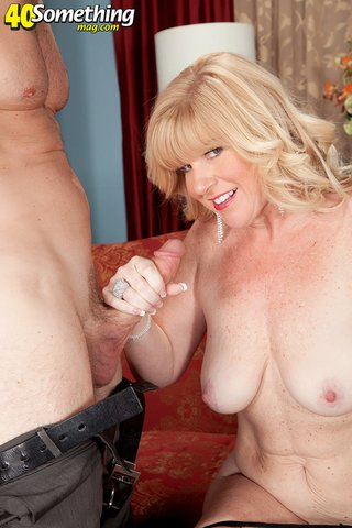 american rough mature housewife